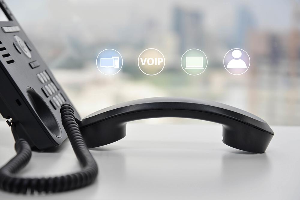 9 telephones
